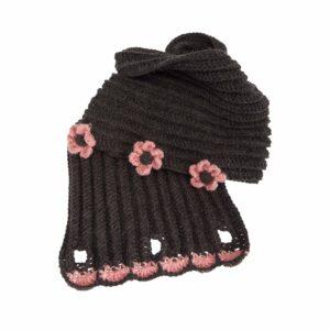 Ddora handmade scarf neck grey